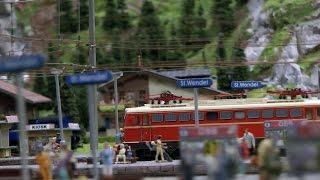 Die Alpen in Österreich und die Modellbahn im Miniatur Wunderland