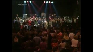 The Specials You're Wondering Now (Live: Colchester Institute 24-12-1979) view on youtube.com tube online.