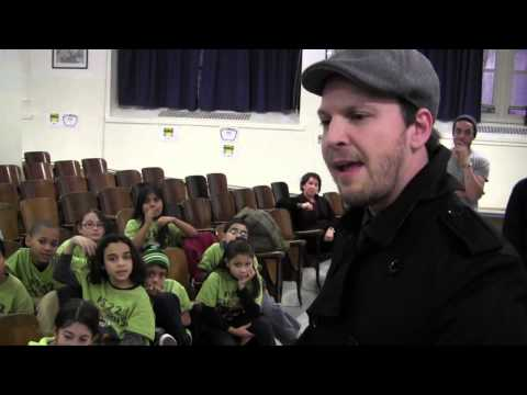 PS22 Chorus interviews Gavin DeGraw!
