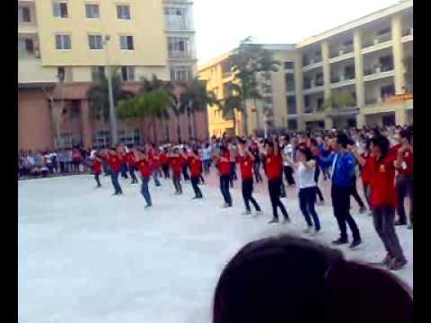 Chào Tân Sinh Viên 2011 Đại Học Công Nghiệp Hà Nội