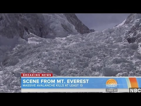 Everest Avalanche Kills 12 Guides, More Missing