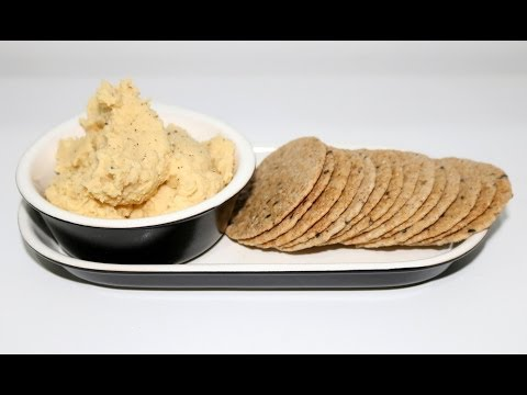 HEALTHY SNACK IDEAS: HUMMUS RECIPE