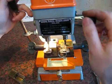 TYPE 368A станок для изготовления ключей