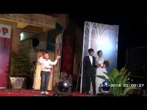 Phần trình diễn thời trang áo cưới của các bạn huynh trưởngxứ đoàn Bùi Môn.