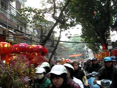 TET HA NOI  Pho  Hang  Ma 29 tet  TAN MAO       2011- DUC HOA