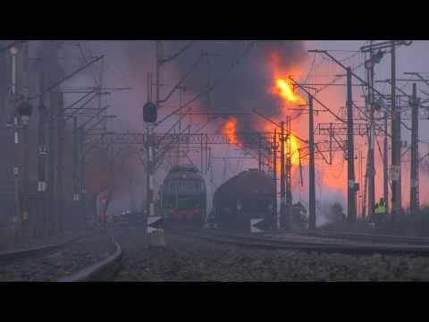 Hình ảnh trong video Zderzenie pociągu z autobusem - Bezpieczny