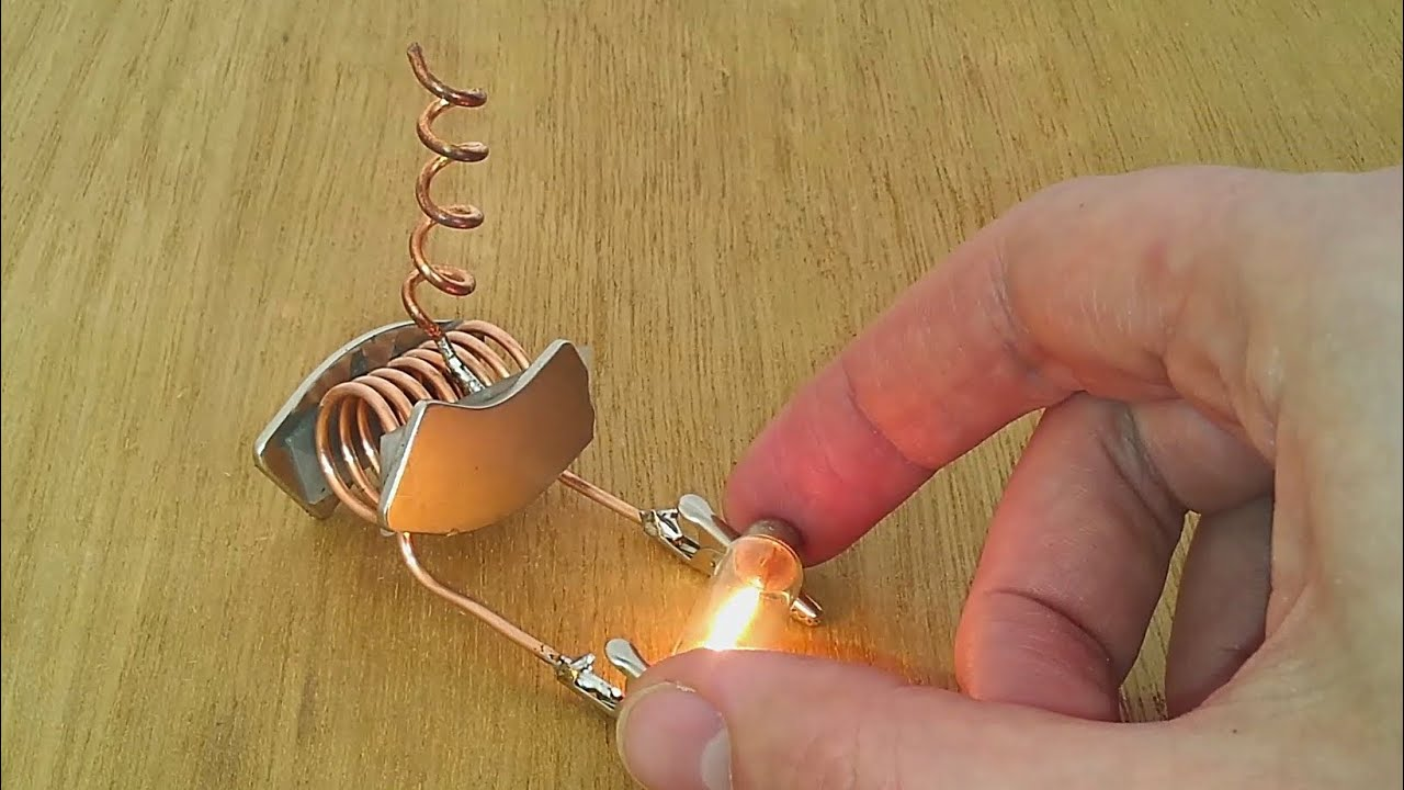 free energy device tested on light bulb - YouTube