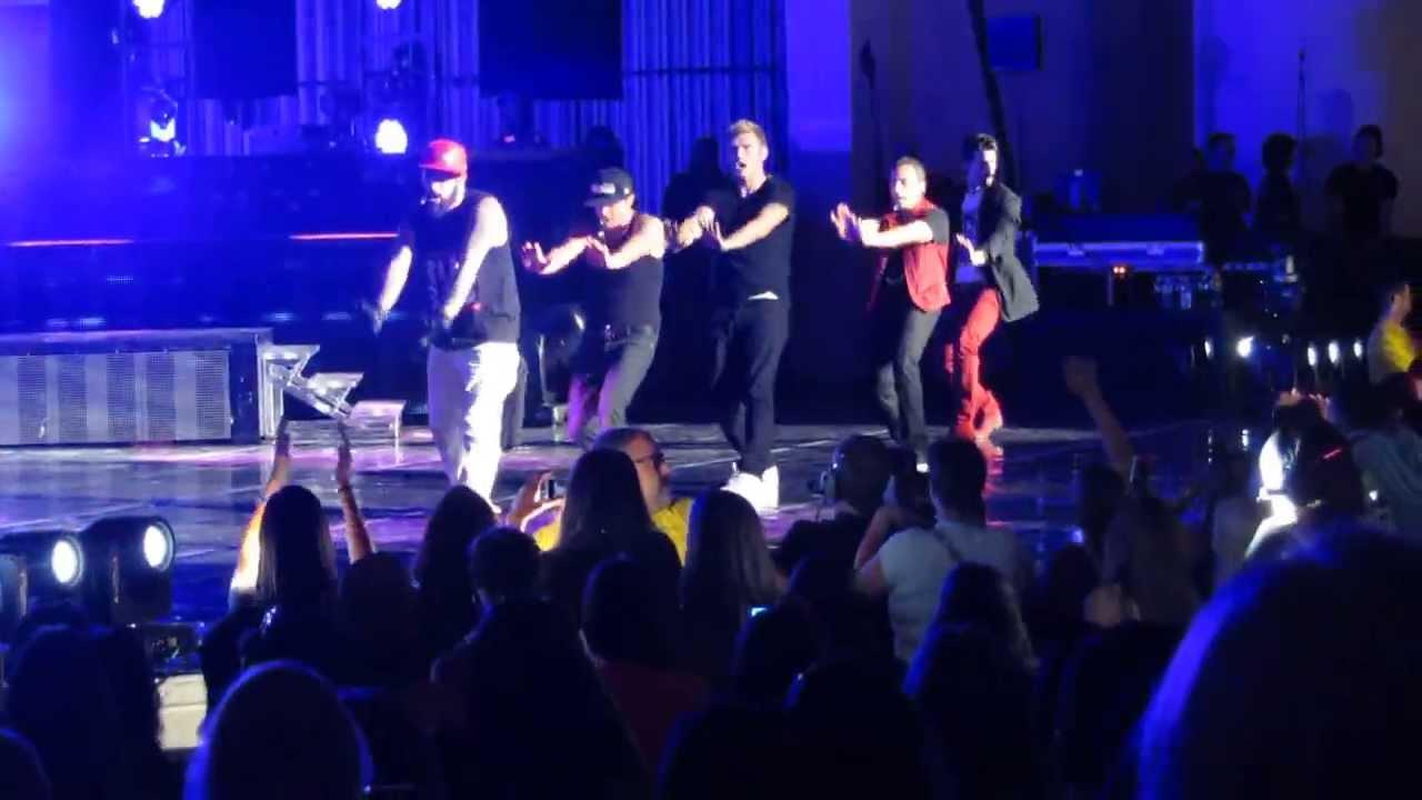 08 15 13 Holmdel Nj Backstreet Boys