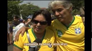Eleitores participam de caminhada em apoio a A�cio Neves, em BH