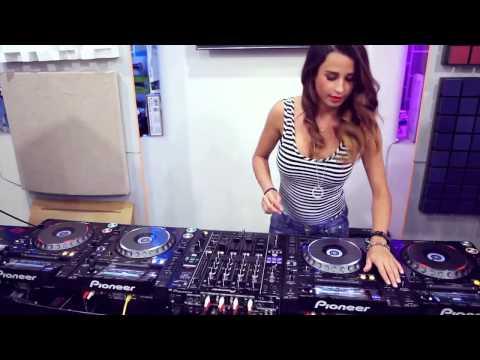Đẳng cấp DJ