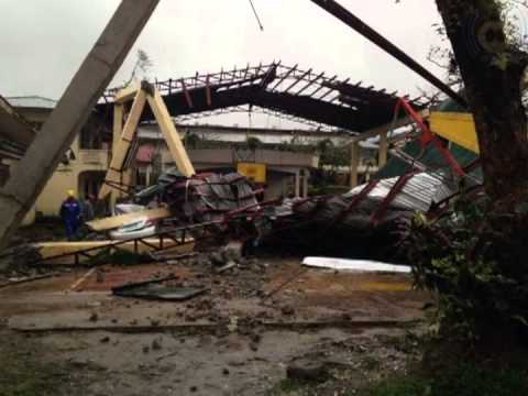 Super Typhoon Yolanda hits Sapian, Capiz, Philippines