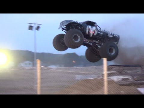 Freestyle Monster Trucks pt 4 bloomsbuirg 7-12-14