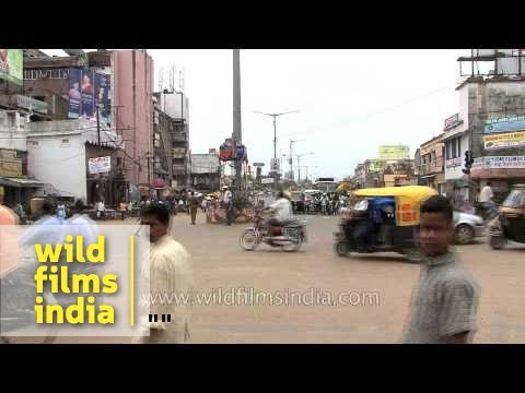 Traffic police controlling traffic in Bhubaneswar