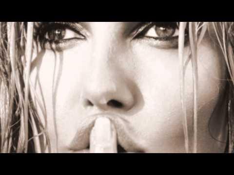 Lara Fabian - Ne Lui Parlez Plus Delle