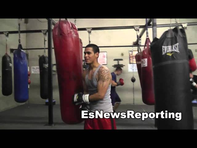 oxnard fighters love muhammad ali EsNews Boxing