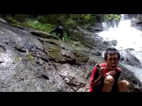 Ali Kewer On Vacation: Air Terjun Melati,Wonogiri (Indonesia)