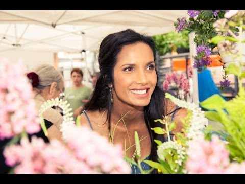 Padma Lakshmi shops Union Square Market with The Coveteur