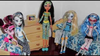 Casa Das Monster High: Quarto Das Bonecas (dolls' Bedroom