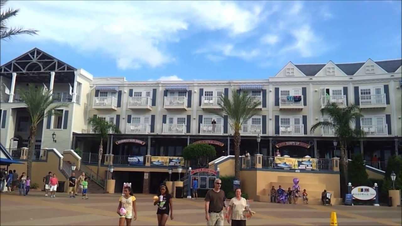 kemah boardwalk hotel area water spouts youtube. Black Bedroom Furniture Sets. Home Design Ideas
