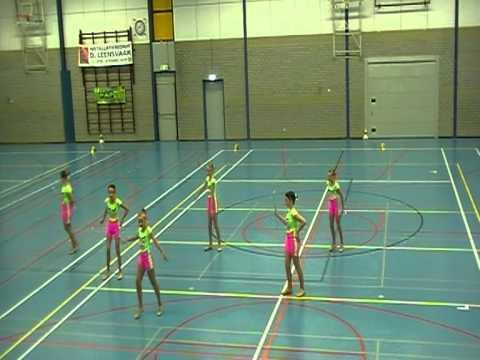 small team twirling preteen beginner twirl girls 18 juni 2011 zwijndrecht
