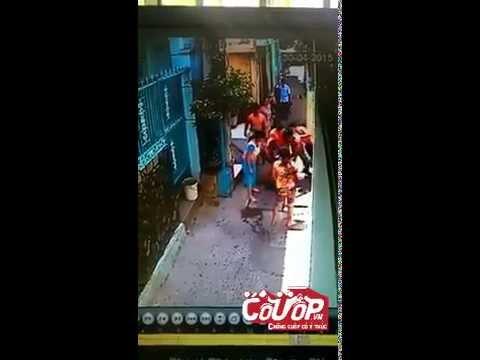 Bắt trộm ở SG, tung cước khóa tay như phim hành động - Cuop.vn