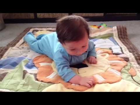 Geffen tummy time