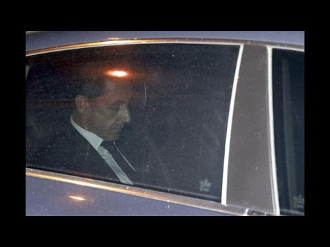 Sarkozy comeback dream hit by corruption charges