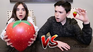 GIANT SQUISHY FOOD vs REAL FOOD!!