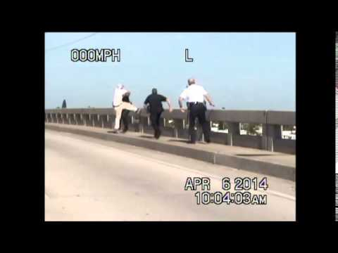 Fla. deputies rescue suicidal man from bridge