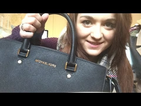 What's In My Bag? - Michael Kors Selma Travel Satchel Review