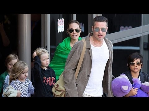 Brad Pitt and Angelina Jolie Return to LA | POPSUGAR News
