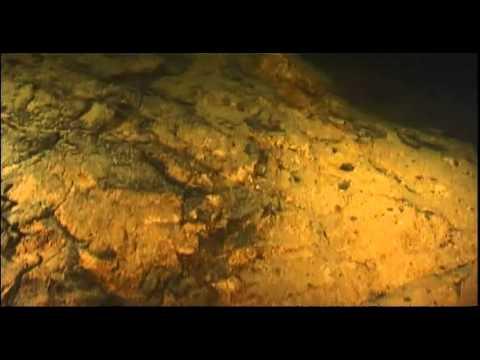 Trakų ir Dubingių ežerų dugne guli įvairūs radiniai - nuo akmens amžiaus iki pat šių dienų