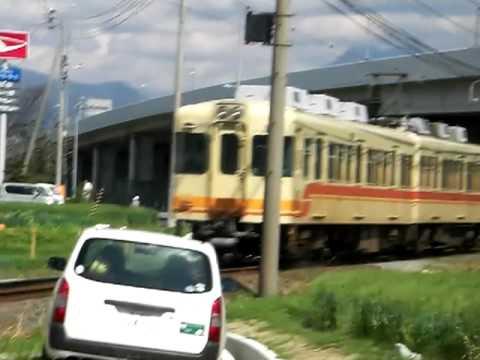 伊予鉄道 800系をCASIO EX-V7で撮る