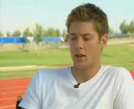Jensen Ackles Behind Scenes on Smallville