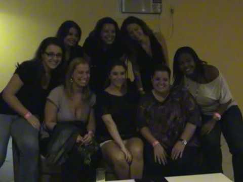 Maria Rita e fãs no camarim