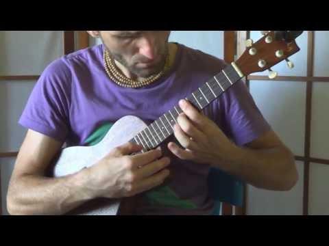 Ukulele Makala concert [HD]