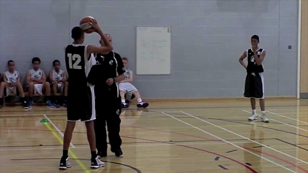 籃球教學 - 三人快攻配合, 練習走位、傳球及上籃