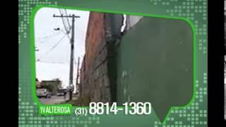 Telespectador mostra risco de queda de muro em Vespasiano
