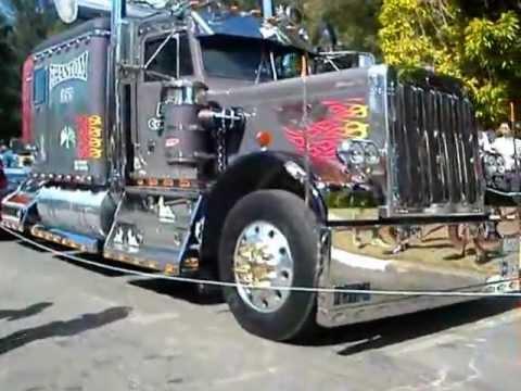 Caminhão equipado