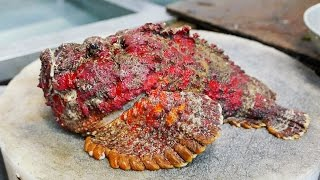 STONEFISH - Most Poisonous Fish In The World Cooked 2 Ways!