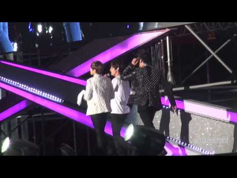 [Fancam] 131019 SMTOWN in Beijing Ending changmin focus