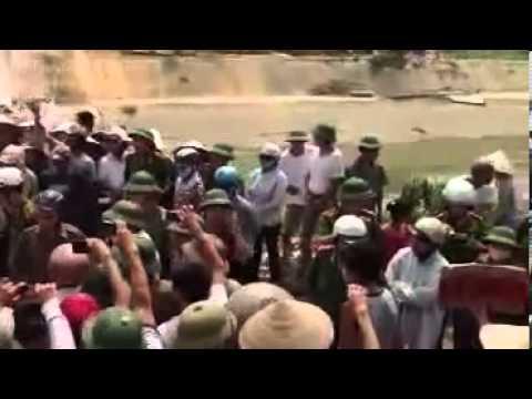Dân Oan VN - bà con chống CA cưỡng chế đất tại Xã Từ Sơn, Bắc Ninh 18-6-2013