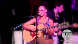Elle Varner Performs New Music Live At  Toshis Living Room