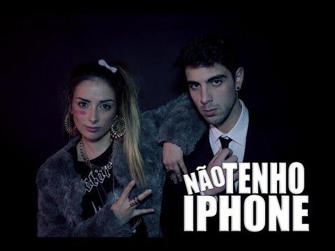 """A bela Carolina Torres e o humorista Joel Rodrigues cantam a paródia """"Não tenho IPhone"""""""