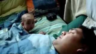 Bebê assustado