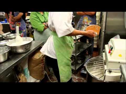 Organic Bliss baking lesson 20131109