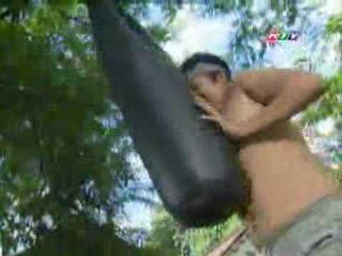 Kinh Van Hoa-Episode 02 (Nhung con gau bong)-Part 3