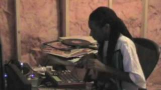 King I Divine making a Soul Beat! (Losing Weight) MPC 1000 view on youtube.com tube online.