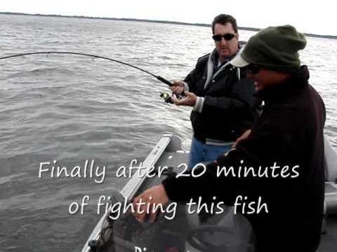 Осення рыбалка с лодки