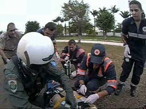 2011-03-20 RESGATE AEREO PRF BR 101 KM 217 PALHOÇA-GBS-HCR..wmv